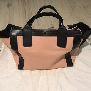 Authentic Chloe purse (like new)